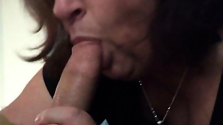 Experienced Grandma Knows How To Suck A Dick