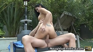 Daisy Cruz & Billy Glide In Latina Dultery