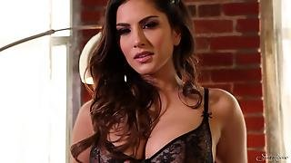 Sunny Leone In Lace Lingerie
