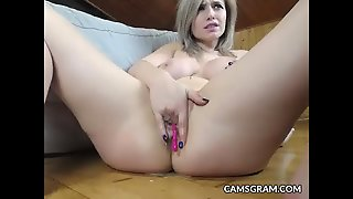 Gorgeus Big Tits Blonde Real Solo Masturbation