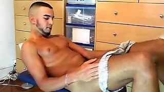 Real Arab Guy Get Wanked His Huge Cock In His 1Srt Porn Video!