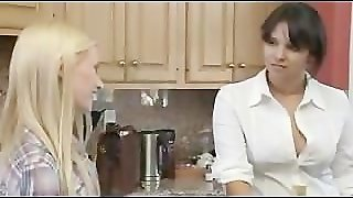 Straight Has For The First Time Sex With A Lesbian Babe Lesbian Girl On Gi