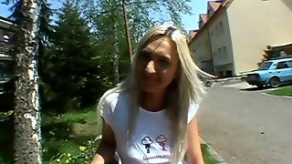 Outdoor Blowjob And Fucking Amateur 4