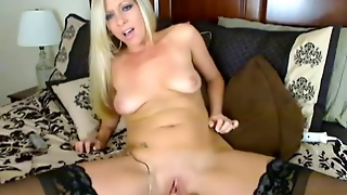 Gorgeous Blonde Amateur Hd