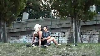 Couple Has Hot Sex In A Park