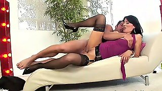 Sex With Step Mom (Very Hot)