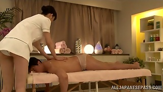 Sexual Massage Procedure With A Sexy Japanese Masseur