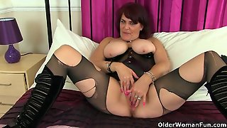 Uk Milf Finger Fucks In Pvc And Ripped Off Nylon Tights