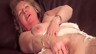 Old Mature Milf Hairy Pussy Play