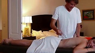 Mommybb Amber Rain's Dirty Massage Ends In A Fucking Session