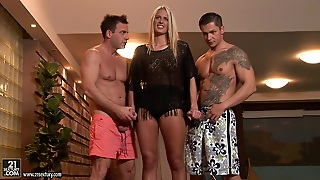 Blonde Pornstar In Anal Threesome