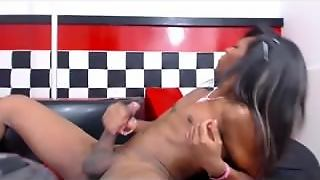 Ebony Shemale Webcam