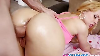 Huge Ass Teen Lucy Tyler Gets Banged
