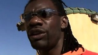 Big Black Cock Cums On Ghetto Girls Face