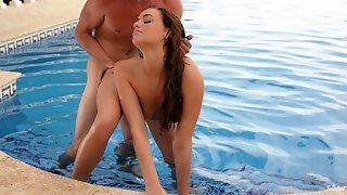 Mia Malkova Blows And Gets Her Crotch Smashed On The Poolside