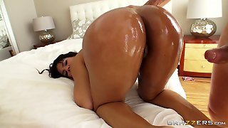 Fat Ass Girl Discovers The Pleasures Of Anal Banging