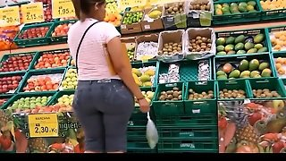 Hot Milf Big Booty In Market