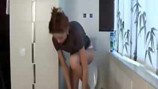 Extremely Cute Skinny Princess Peeing