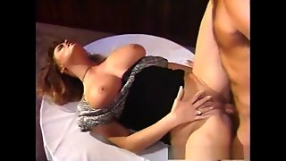 Pussy Licking And Fingering Milf