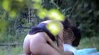 Amateur Couple Having Sex In The Public Park - Spy Video