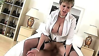 Watch British Lady Sonia Get A Facial