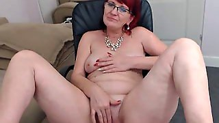 Grandma Wants To Get Fucked On Webcam