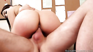 Dane Cross Has A Great Time Fucking Valentina Nappi With Big Butt