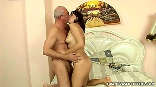 Lovely Teen Enjoys Anal Sex With Grandpa