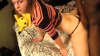 White Babe Gets Her Pussy Ripped With Huge Dick