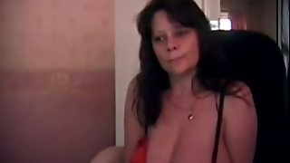 Large Breasted Mature Woman Being Dirty At The Webcam