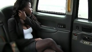 Huge Tits Ebony Sucks Off And Gets Screwed By Fake Driver