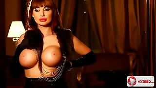 Aletta Ocean The Girl With The Revolver