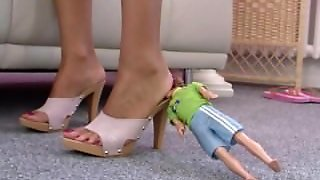 Giantess 8