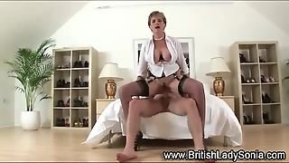 Lady Sonia Gets Facial