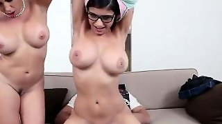 Palestine Celebrity Mia Cums Home Early For Missionary Sex