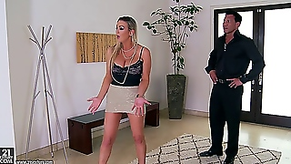 Abbey Brooks - Sexy Housewife