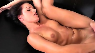 College Pussy Eating Pussy