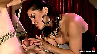 Kinky Mistress Has Her Way With A New Slave