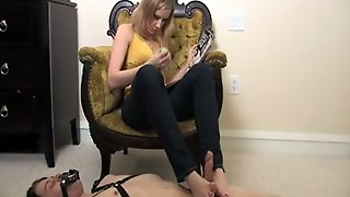 My Kinky Gf Sits In The Armchair And Gives Me Footjob