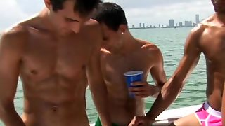 Sexy Gays In Hot Orgy
