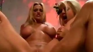 Blondes, Blonde Gros Seins, Putain De, Blondes Aux, Threesome Blonds, Fellation Blonde, Menage A Trois Pipe Hardcore, Menage A Trois Hardcore