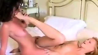 Kissing And Licking Lesbians With Passion