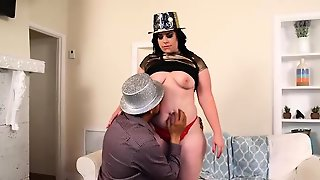 Big Booty Milf Virgo Brings In New Years In Her Ass