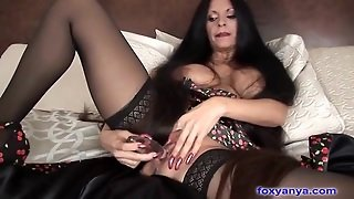 Latina Milf Toys Her Pussy And Licks Dildo Clean
