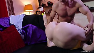 Samantha Bentley Moans Loudly While A Handsome Guy Screws Her