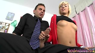 Check Out This Hot Blonde How She Gets Fucked2.wmv