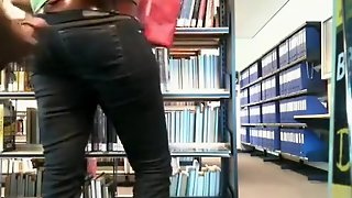 Guy Publicly Masturbates In A Library