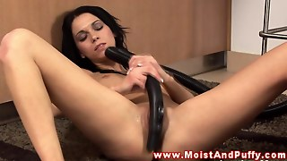 Horny Puffy Peach Teen Uses Vacuum On Her Clit Hd