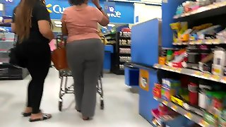 Big Booty Mom & Daughter (Checkout Line)