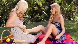 Queening Lesbo Pussylicked By Bff